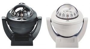 White Offshore 75 Compass with bracket #FNIP63866